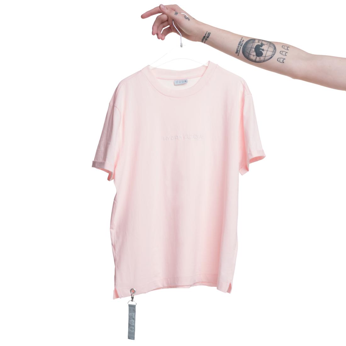 Hydra Clique von Dat Adam - T-Shirt jetzt im Bravado Shop